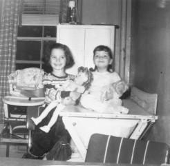 1-randy-susan-meyers-and-sister-jill-meyers-children